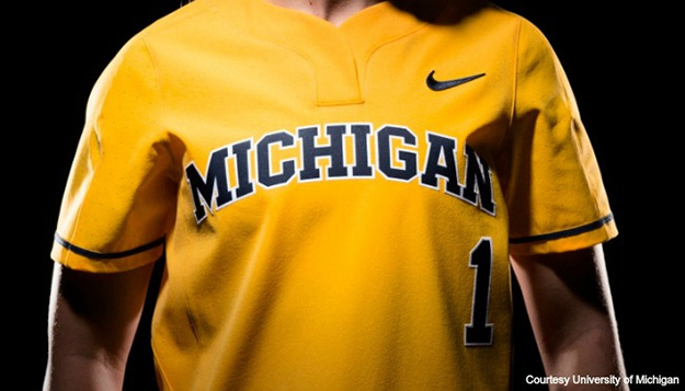 university-of-michigan-nike-gear-080116